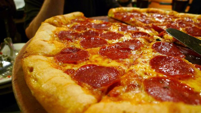 Can Pregnant Women Eat Pepperoni?