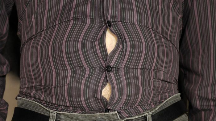 How can you prevent a bloated abdomen?
