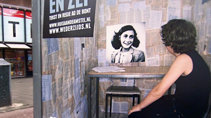 "Where Can You Read the ""Anne Frank"" Script Online?"