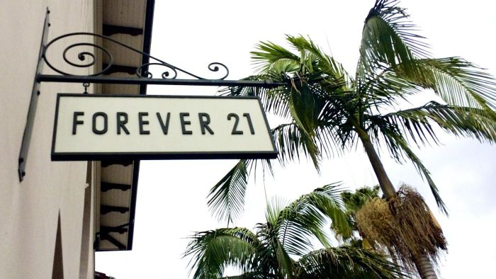 Where Can You Find Reviews for Forever 21 Clothes?
