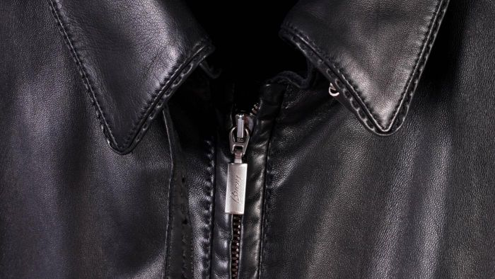 How Can I Stretch a Leather Jacket?