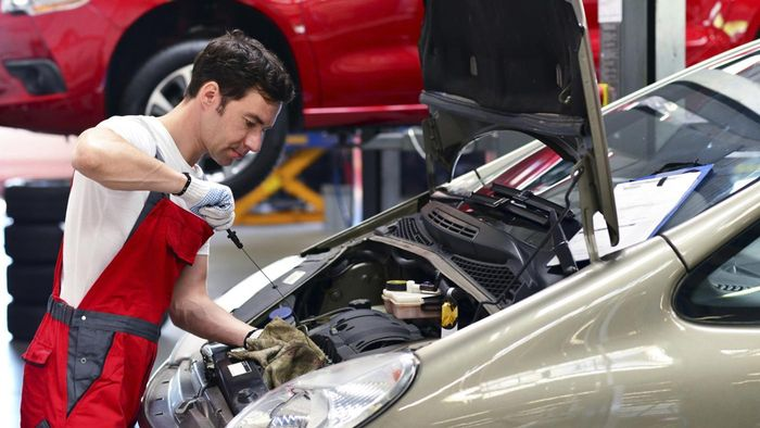 How Can I Switch to Synthetic Motor Oil?
