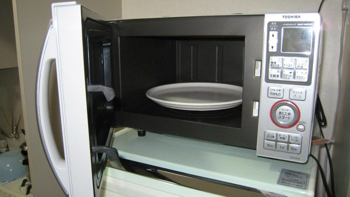 What Can You Use to Get Rid of Microwave Odor?