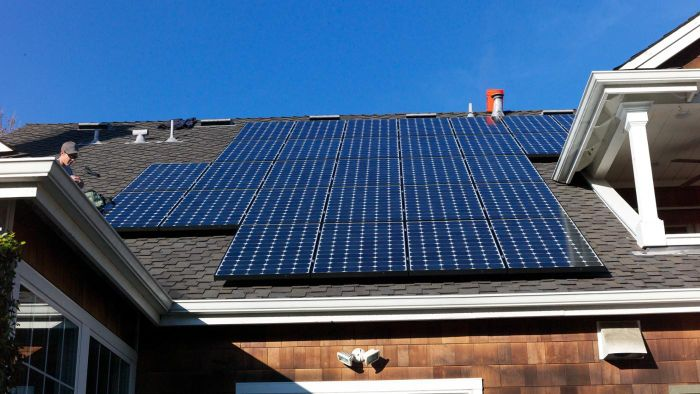 How Can You Use Solar Panels to Generate Free Electricity for Your Home?