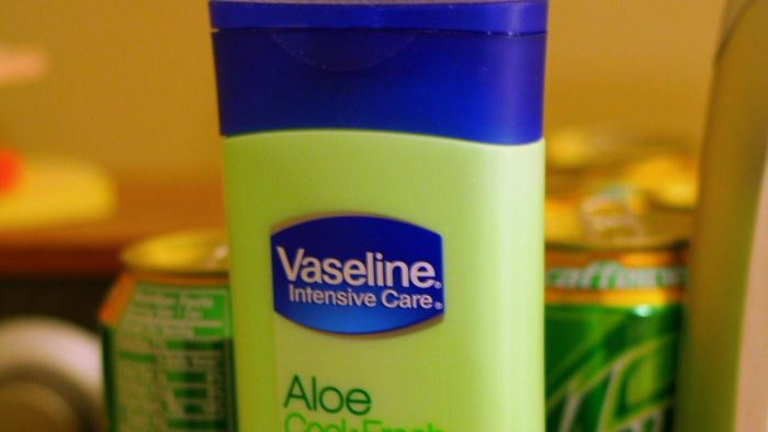 Can You Use Vaseline As a Lubricant?