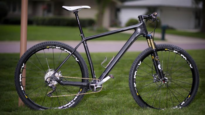 What is a carbon fiber bike?