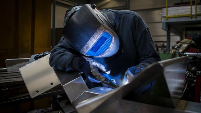 What Are Some Careers in Welding?