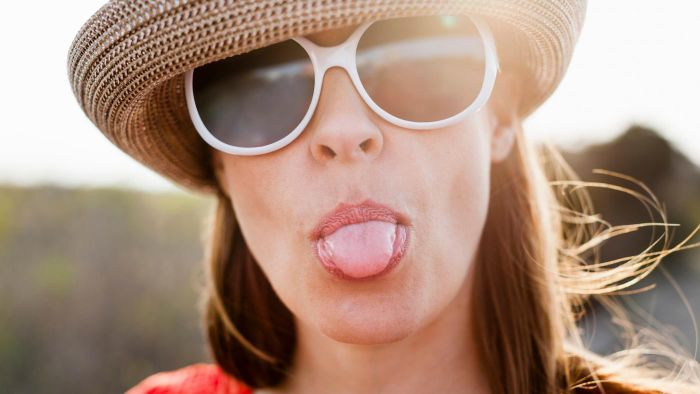 What Causes Blisters on the Tongue?