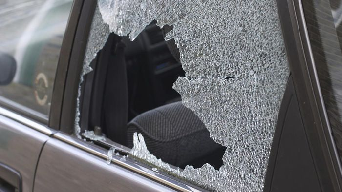 What causes a car window to shatter?