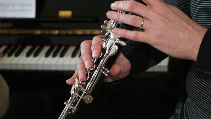 How are clarinets made?