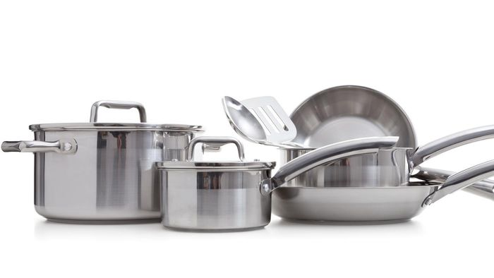 How Do You Clean Stainless Steel Cookware?