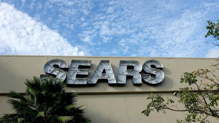 What Is the Closing Time at Sears?
