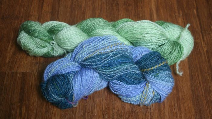 What is combed yarn?