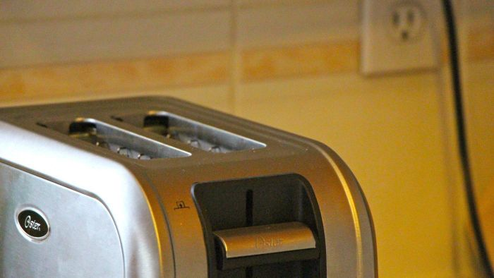 What Companies Have Received the Best Reviews for Toaster Ovens?