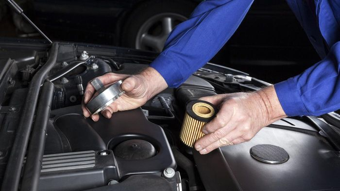 How do I determine which Fram oil filter is right for my car?