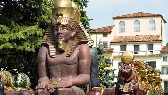What Did Ancient Egyptian Nobles Do?