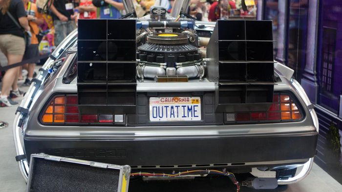 "What Did ""Back to the Future Part II"" Get Wrong About 2015?"