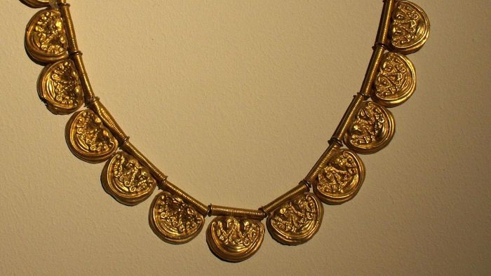 Why Did the Egyptians Wear Jewelry?