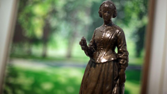 Why did Florence Nightingale become a nurse?