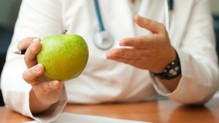 How Do You Get a Dietician Qualification?