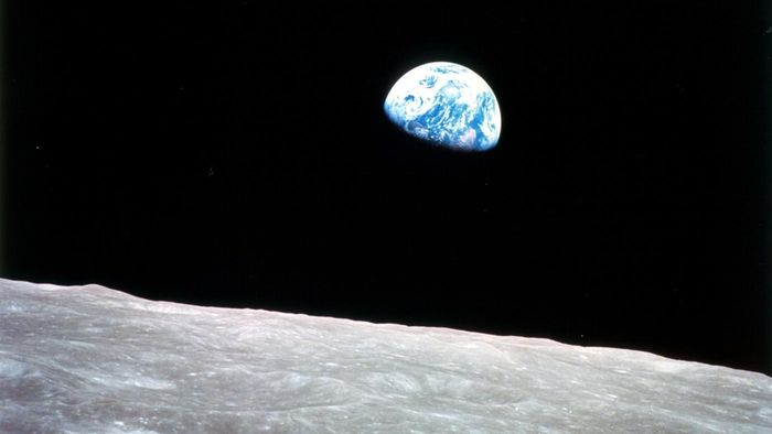 What Is the Difference Between the Earth and the Moon?