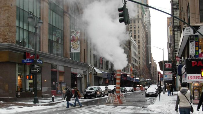 What Is the Difference Between Steam and Water Vapor?