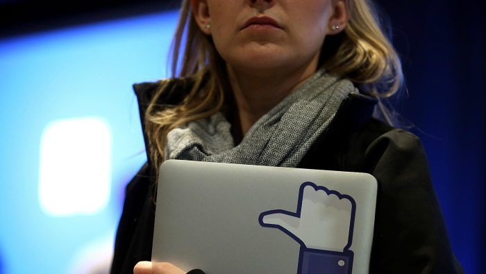 What Are Disadvantages of Facebook?