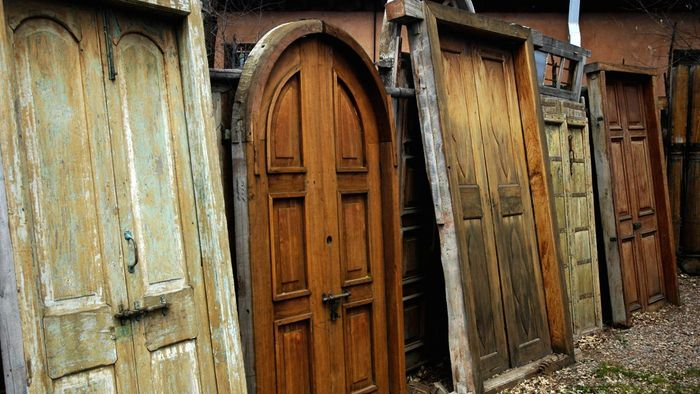 """What Is the """"when Is a Door Not a Door"""" Riddle?"""