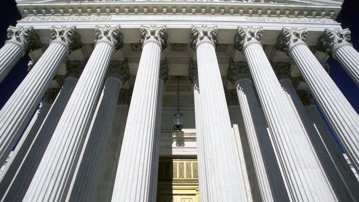What Are the Duties of the Supreme Court?