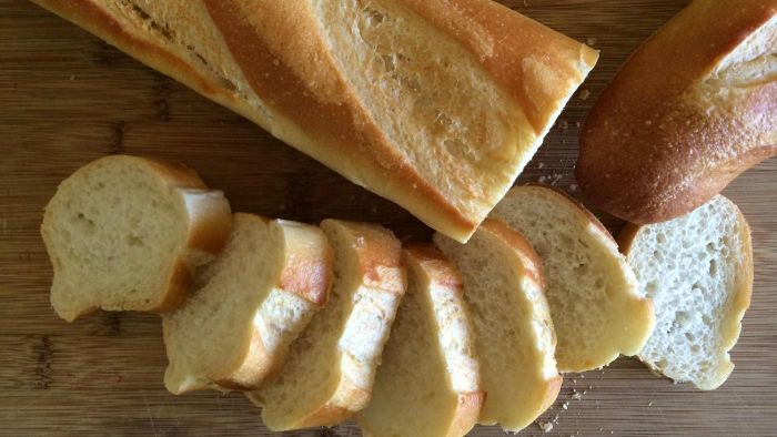 Do You Eat Bread As an Appetizer in France?