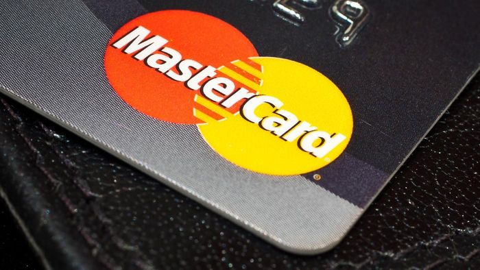 How do you enroll in automatic payments for your MasterCard?
