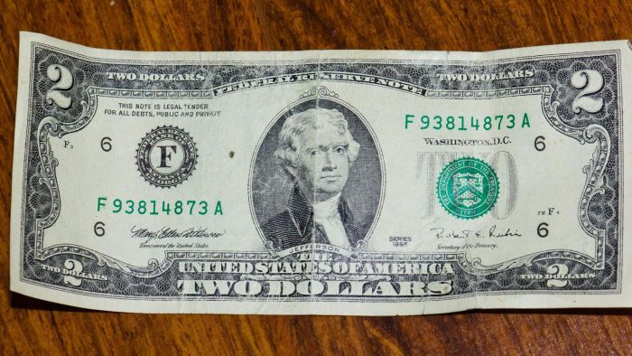 What Factors Influence the Value of a $2 Bill?