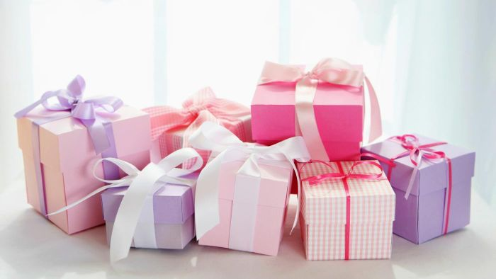 What Are Some Favors to Make for a Baby Shower?