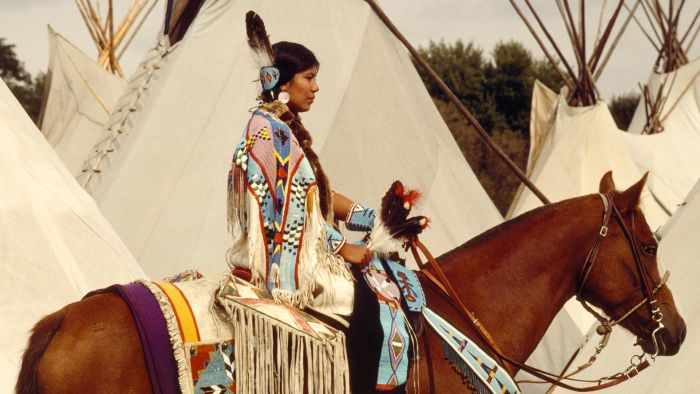 What Is a Female Indian Chief Called?