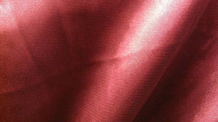 What Is the Fiber Content of Satin?