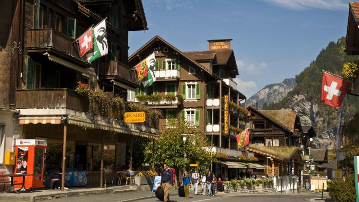 What are some fun facts about Switzerland?