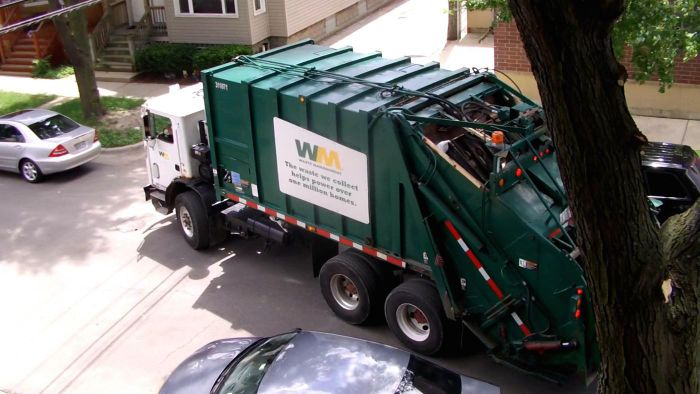 What Garbage Companies Have a Separate Pickup Schedule for Recycling?