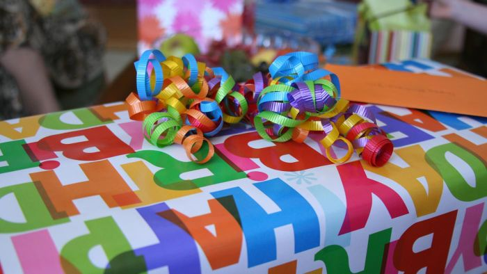 What Gifts Are Appropriate for Both Boys and Girls?