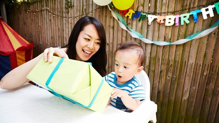 What Are Some Gifts for a One Year Old?