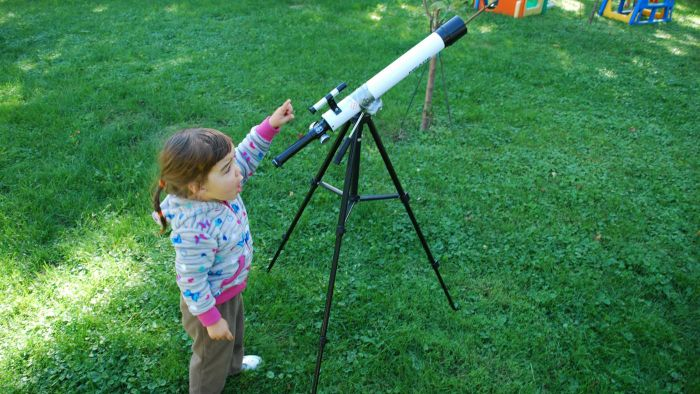 What Are Some Good Telescopes for Kids?