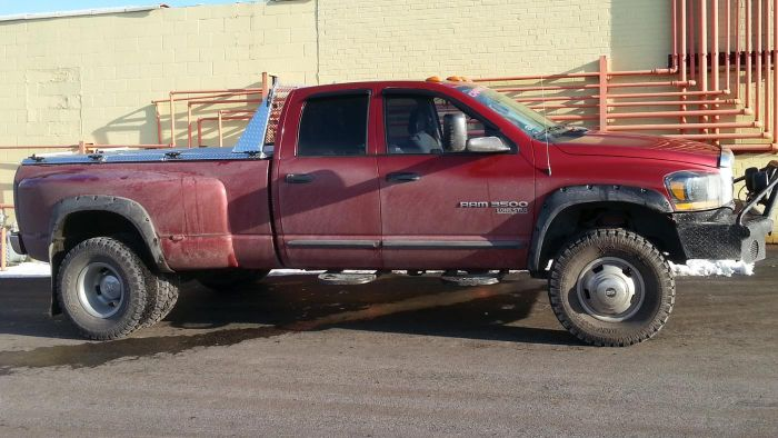 What Are a Few Good Ways to Sell an Old Used Truck?