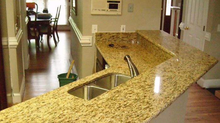 What Are Granite Countertop Cleaning Tips?