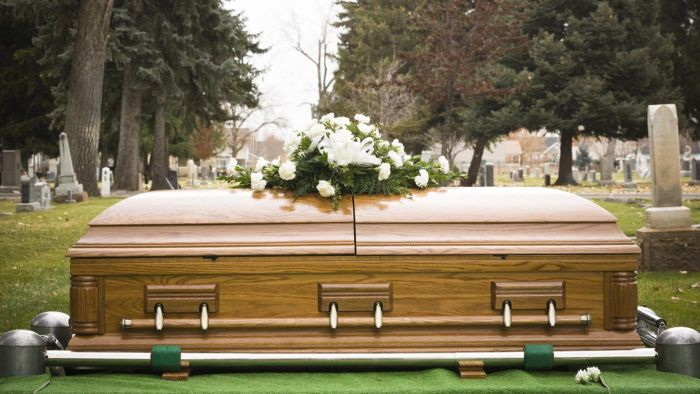 What Are Grave Blankets?