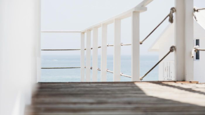 How High Should a Deck Railing Be?