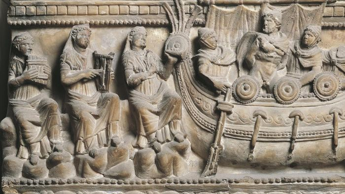 Why does Homeric literature still survive today?