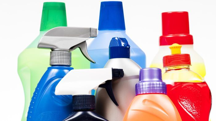 What Household Products Are Bad for a Person With a Silicone Allergy?