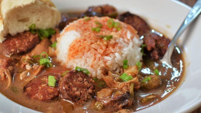 What Are the Ingredients in Classic Louisiana Gumbo?