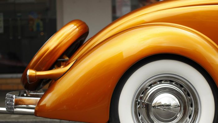 What Is the KBB Value of My Vintage Car?