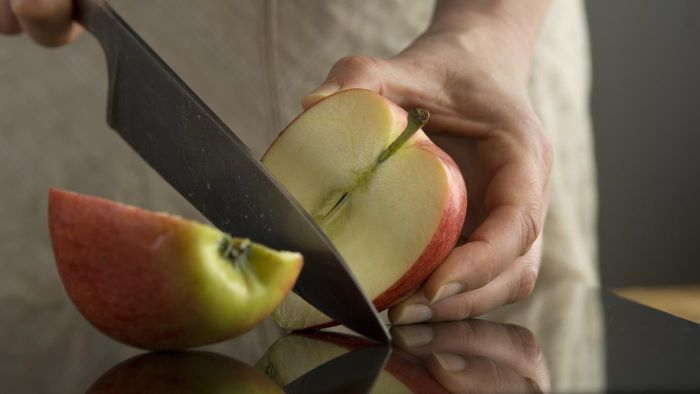 How Do You Keep Apples From Turning Brown?