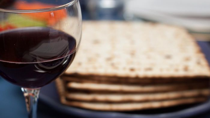 What Kind of Bread Do You Eat on Passover?